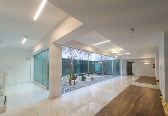 Hall Edificio Departamento 3 ambientes Villa Luro