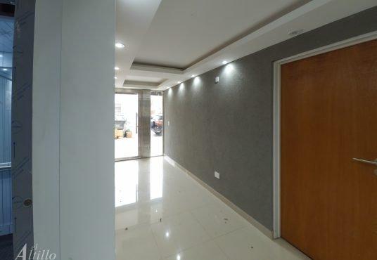 Hall edificio Depto 2 Ambientes Mataderos El Altillo Inmuebles