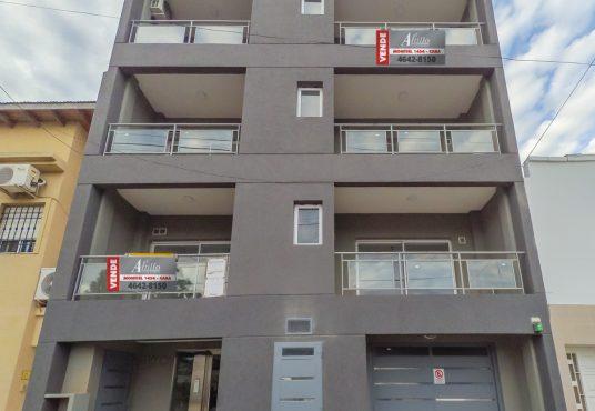 Frente Edificio Mataderos Excelente Zona El Altillo Inmuebles